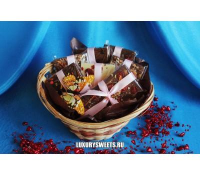 Корзина с шоколадом ручной работы Мини