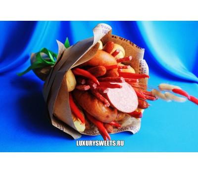 Мужской букет-закуска из колбасы Викинг