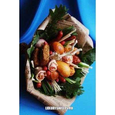 Мужской букет-закуска из колбасы Тортуга
