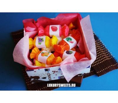 Мыло ручной работы Сладости из конфет в коробке