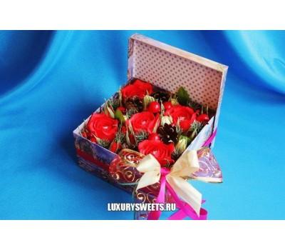 Композиция из конфет Чудеса в коробке
