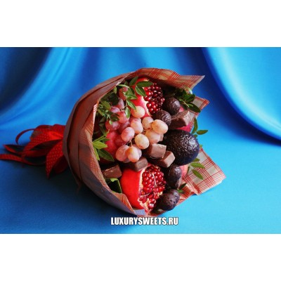 Букет из фруктов и шоколада Чёрный принц