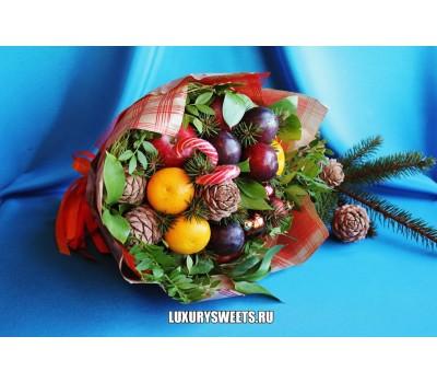 Букет из фруктов и игрушек Чудо новогоднее