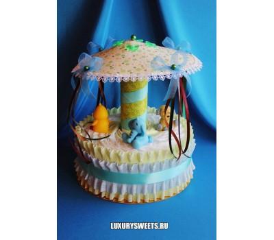 Торт из памперсов Карусель для Тедди