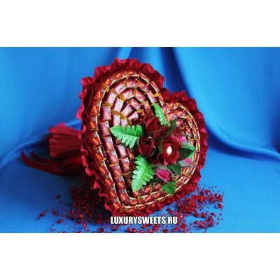 Букет из жвачки Сердце Love is…