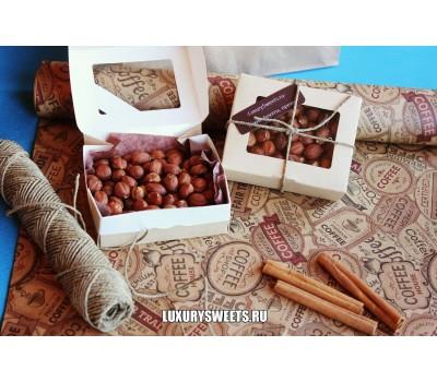 Подарочный набор из орехов Комплимент в коробке 2