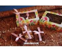 Коробка с шоколадом ручной работы 150 г
