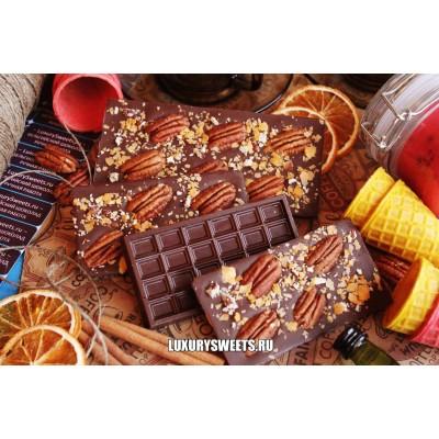 Тёмный шоколад ручной работы с добавлением ореха Пекан и крошки 100 г