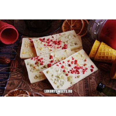 Белый шоколад ручной работы с добавлением киви, малины и апельсина 100 г