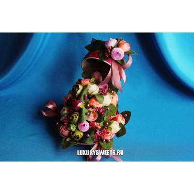 Композиция из цветов Цветочная чашка