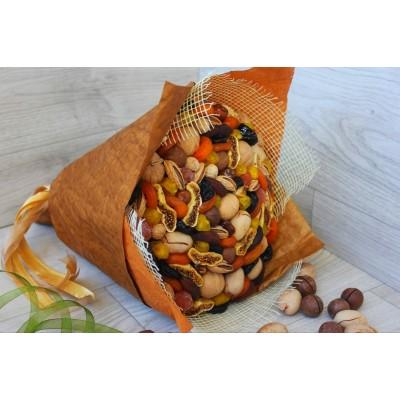 Букет из сухофруктов и орехов Наследие вкуса