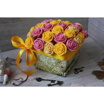 Композиция из шоколадных роз Джульетта 31шт (БЖР)